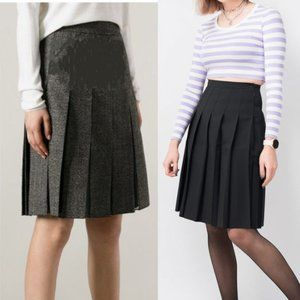 H&M Grey Pleated Skirt size 4